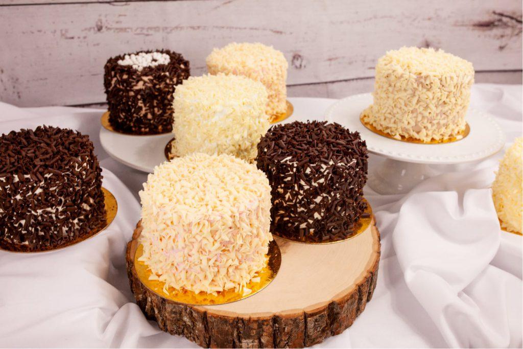 """4"""" Mini Cakes"""