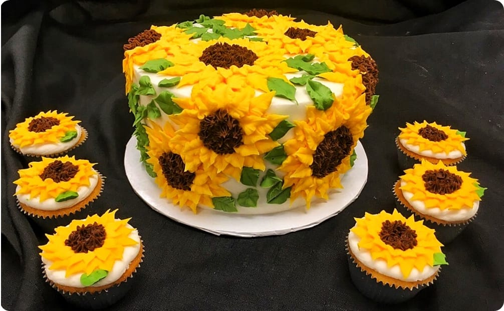 Sunflower Cupcakes & Mini Cake